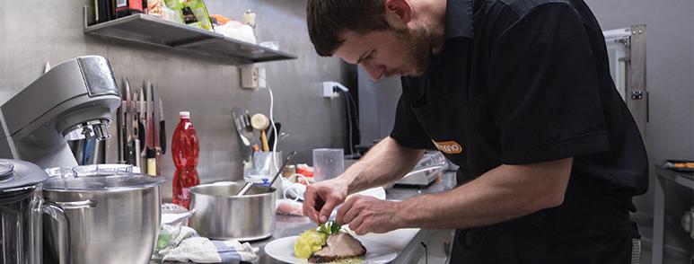 Navyšujeme počet porcí a rušíme rezervace během poledního menu | Denní menu | Blok 12